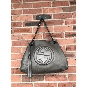 GUCCI Pewter Pebbled Leather Soho Chain Tote Bag